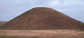 Silbury hill ,Knoll meaning