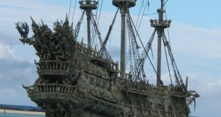 Noun Abandoned Ship Unciation U Ban Dund Meaning A On The High Seas Synonyms Derelict Derived Forms